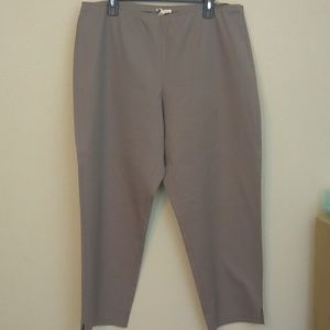 EILEEN FISHER Taupe Elastic Capris Size XL
